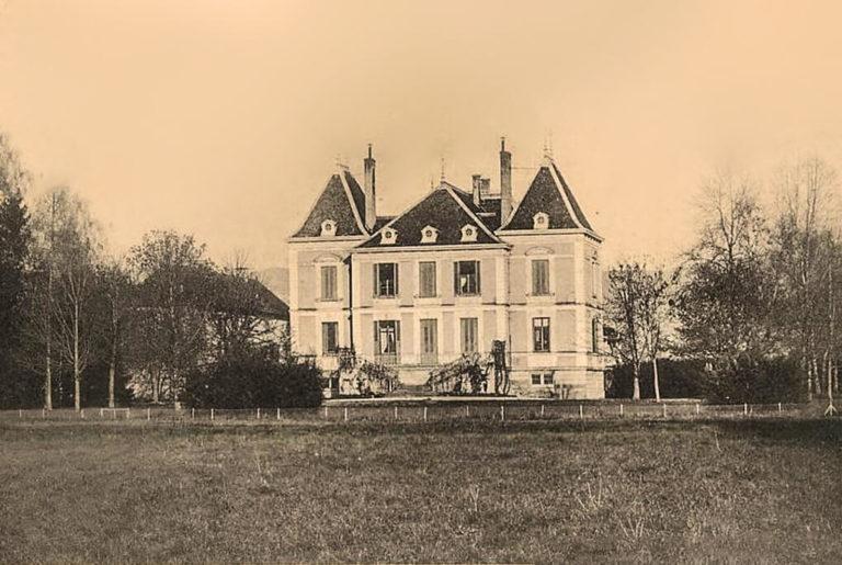 La Balme les Grottes - le Château de Salette