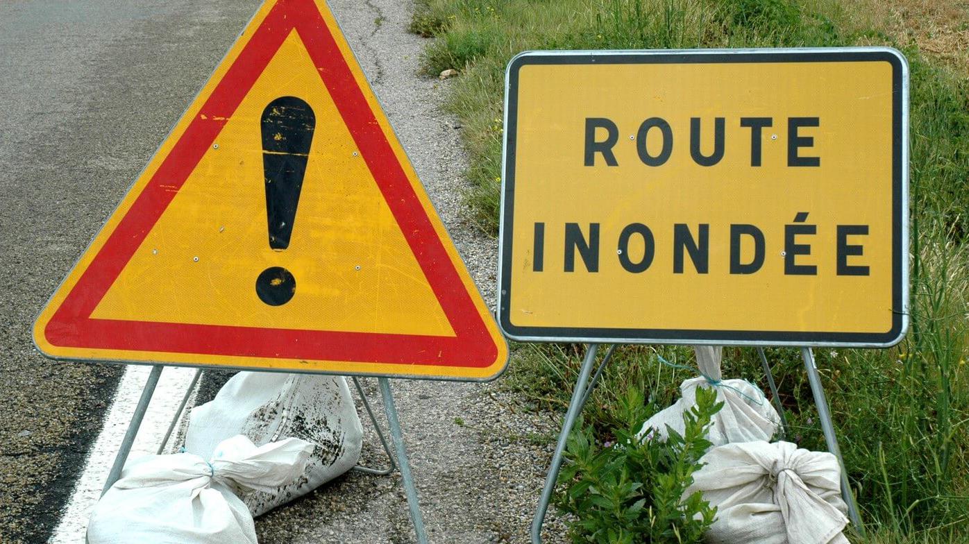 Urgent danger: route inondée secteur Grand Champ/Salette